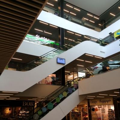 Hegyvidék Bevásárló Központ